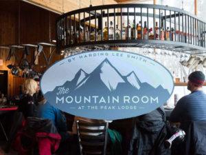 mountain-room-luna-blu-lodge